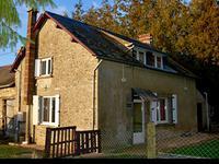 French property, houses and homes for sale inSaint-Cyr-en-PailMayenne Pays_de_la_Loire