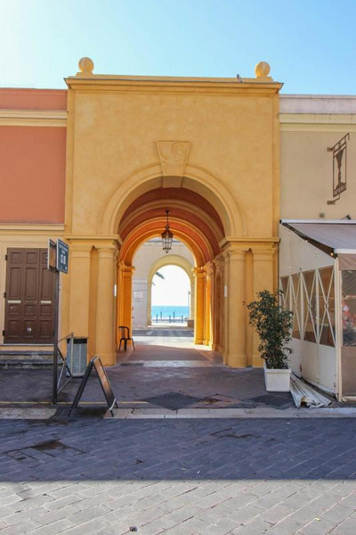French property for sale in Nice, Alpes-Maritimes - €390,000 - photo 8