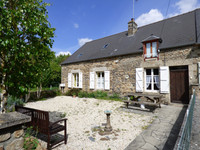 French property, houses and homes for sale inSaint-Calais-du-DésertMayenne Pays_de_la_Loire