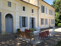 French property, houses and homes for sale in Montpon-Ménestérol Dordogne Aquitaine