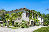 French property, houses and homes for sale inSaint-FraigneCharente Poitou_Charentes