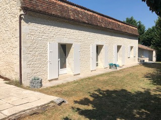 French property for sale in Port-Sainte-Foy-et-Ponchapt, Dordogne - €380,000 - photo 2