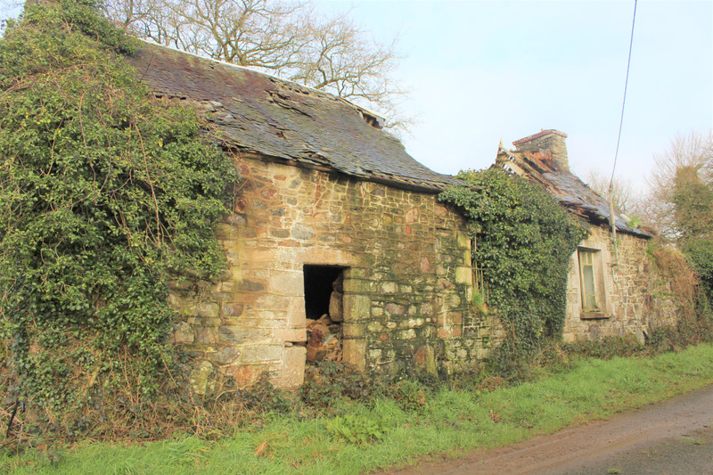 French property for sale in Calanhel, Cotes d Armor - €26,000 - photo 4