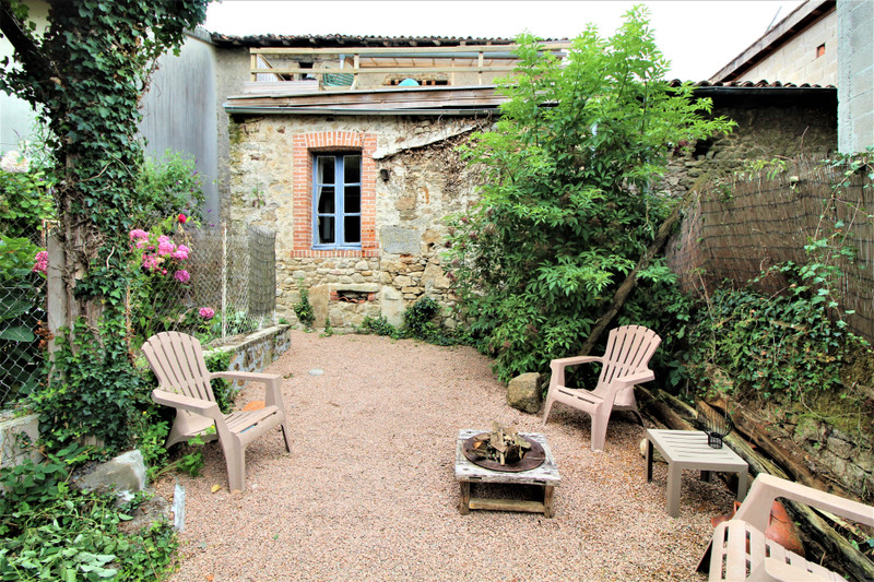 French property for sale in Saint-Mathieu, Haute-Vienne - €109,000 - photo 10