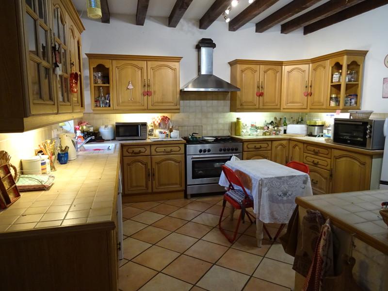 French property for sale in Saint-Jory-de-Chalais, Dordogne - €299,600 - photo 7