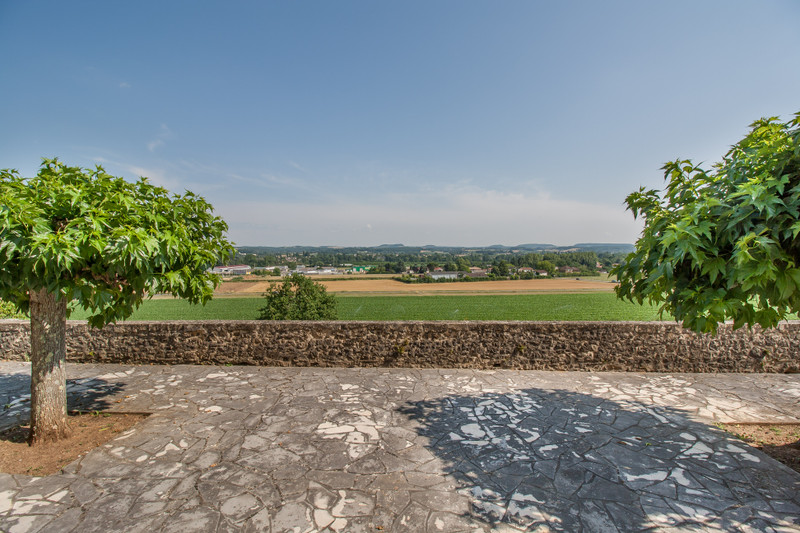 French property for sale in Condezaygues, Lot-et-Garonne - €848,000 - photo 3