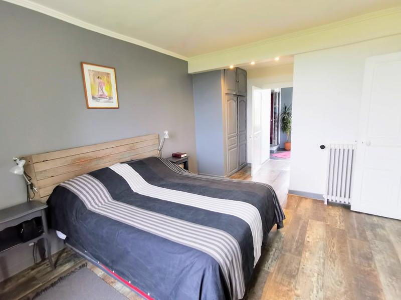 French property for sale in Saint-Yrieix-la-Perche, Haute-Vienne - €296,000 - photo 6