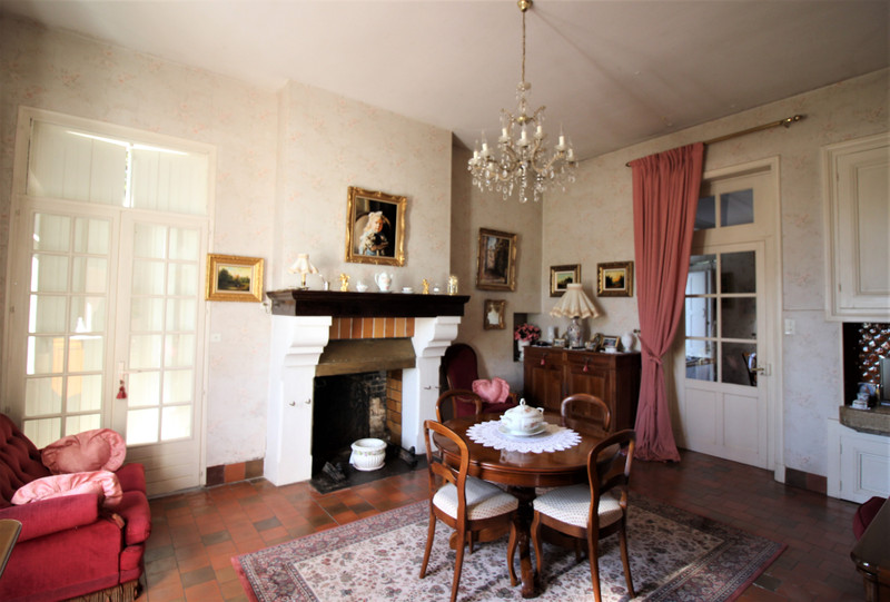 French property for sale in Luxé, Charente - €667,800 - photo 3