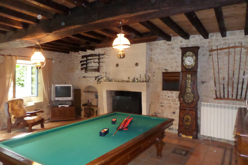 French property for sale in Jonzac, Charente-Maritime - €316,500 - photo 3