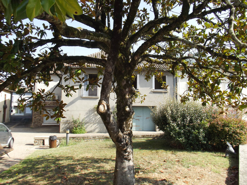 French property for sale in Chabanais, Charente - €61,600 - photo 10