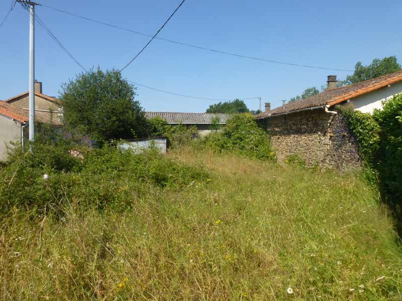 French property for sale in Clavé, Deux Sevres - €19,000 - photo 10