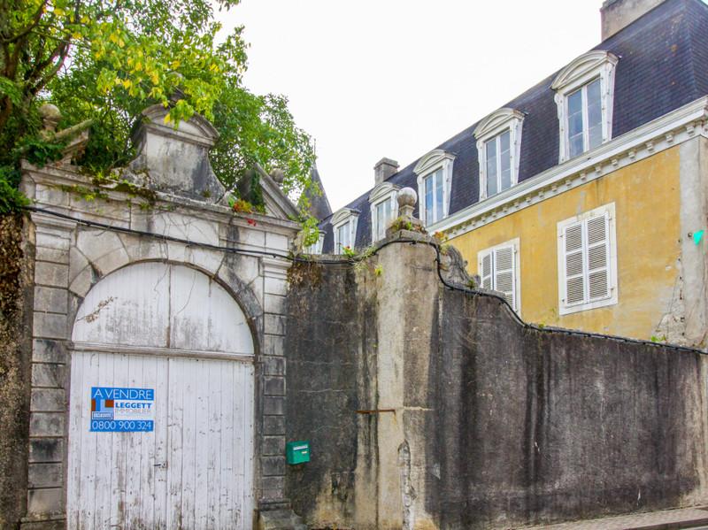 French property for sale in Sauveterre-de-Béarn, Pyrénées-Atlantiques - €594,999 - photo 3