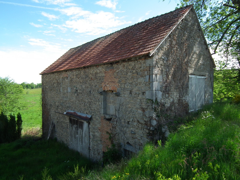 French property for sale in Auzances, Creuse - €119,900 - photo 5