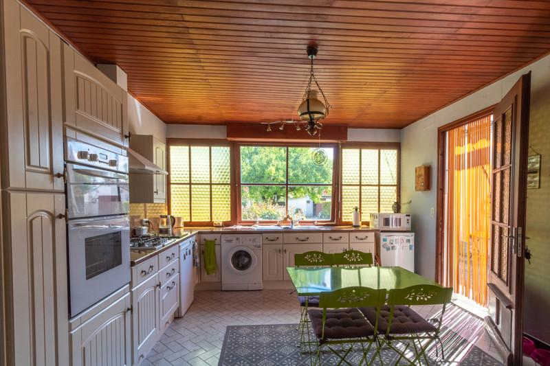 Maison à vendre à Cressé, Charente-Maritime - 172 800 € - photo 6