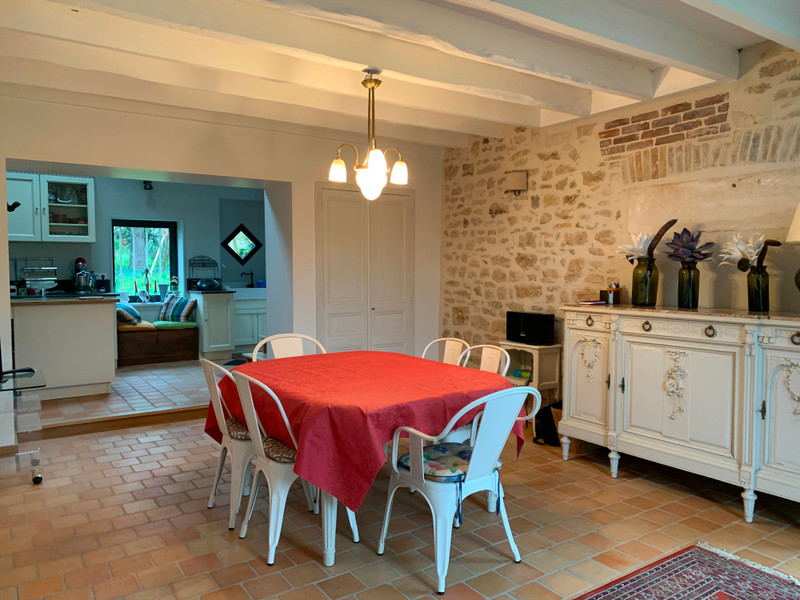 French property for sale in Niort, Deux Sevres - €659,000 - photo 9