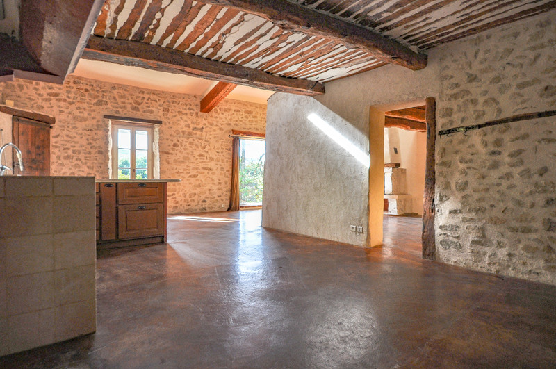 French property for sale in Reillanne, Alpes-de-Hautes-Provence - €298,000 - photo 4