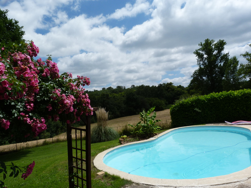 French property for sale in Limeyrat, Dordogne - €472,500 - photo 3