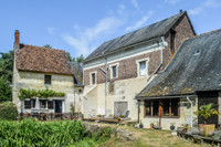 French property, houses and homes for sale inLa Chartre-sur-le-LoirSarthe Pays_de_la_Loire