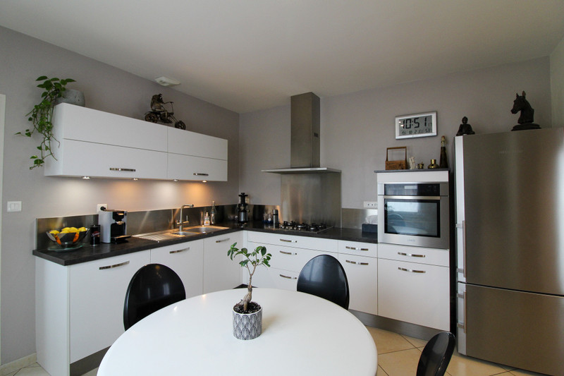 French property for sale in Argenton-les-Vallées, Deux Sevres - €199,800 - photo 5