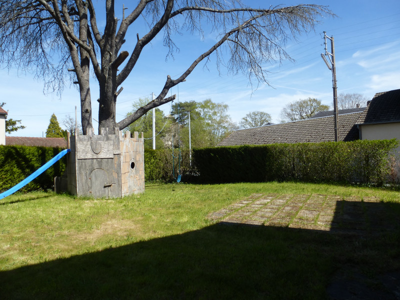 French property for sale in Dun-le-Palestel, Creuse - €88,000 - photo 3