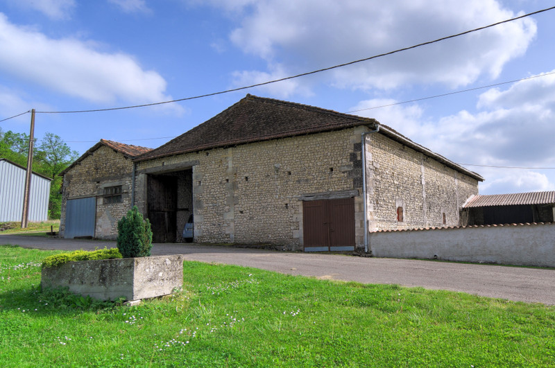 French property for sale in Brie-sous-Chalais, Charente - €310,000 - photo 7