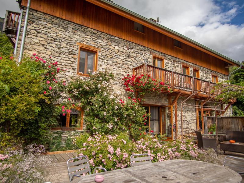 Maison à vendre à Saint-André-d'Embrun, Hautes-Alpes - 1 563 400 € - photo 2