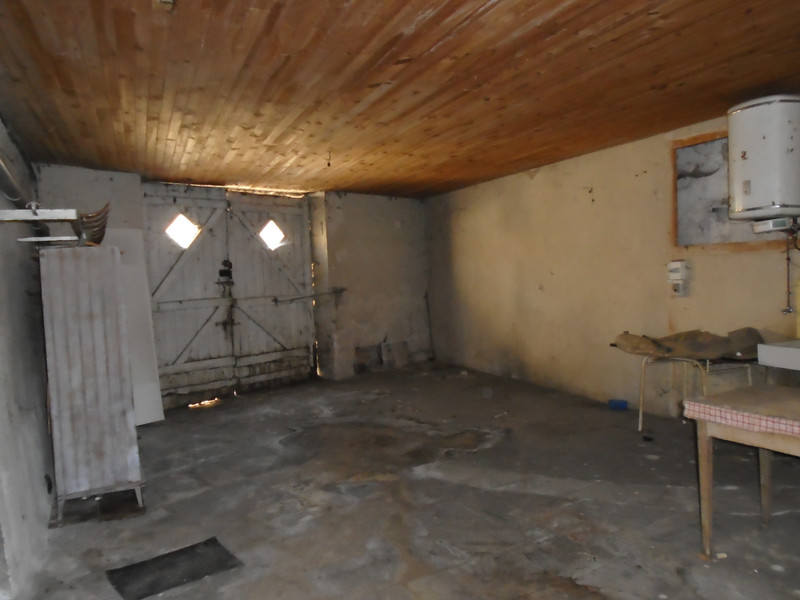 French property for sale in Mauprévoir, Vienne - €37,600 - photo 5