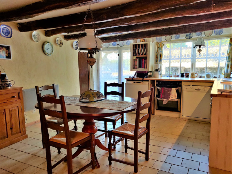 French property for sale in Pérignac, Charente - €100,000 - photo 4