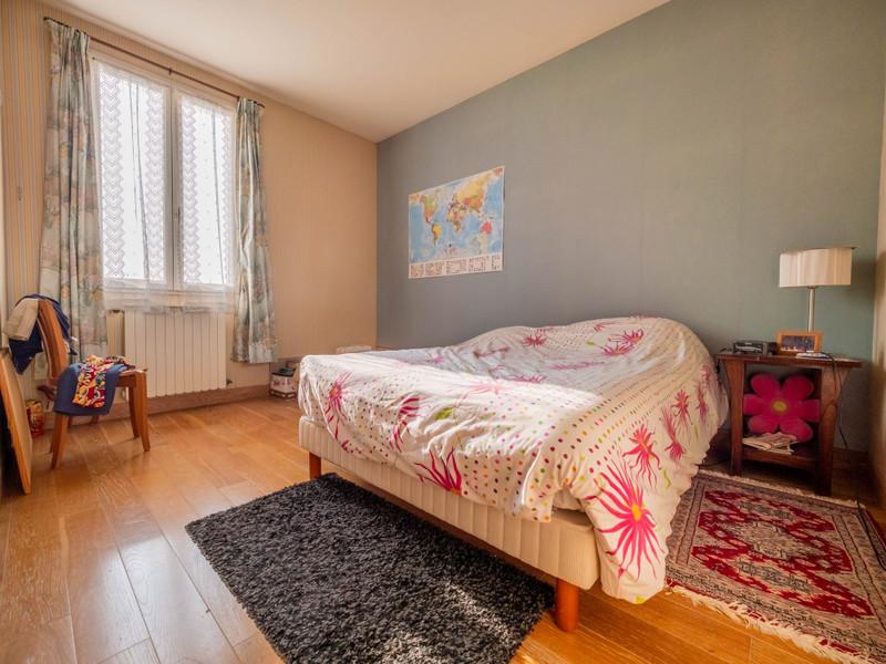 French property for sale in Saint-Maur-des-Fossés, Val de Marne - €1,395,000 - photo 10