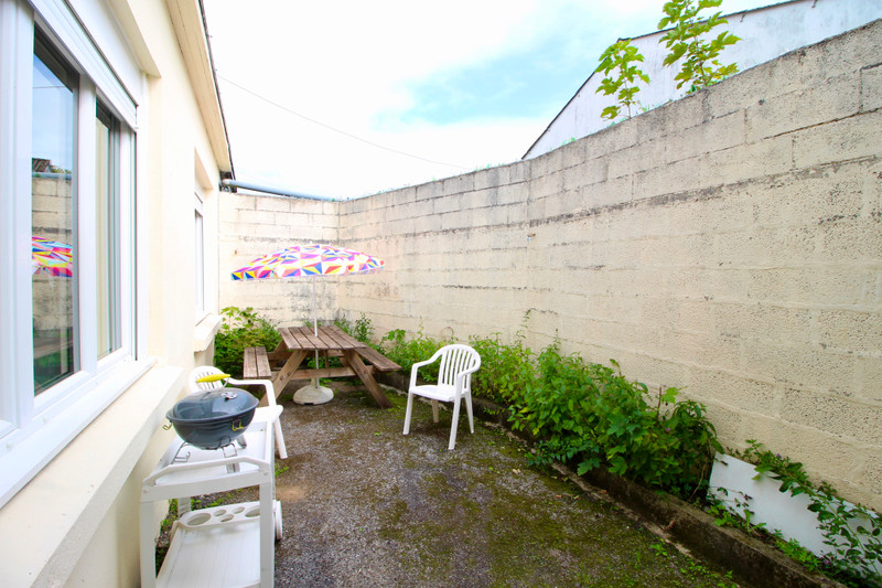 French property for sale in Roudouallec, Morbihan - €235,400 - photo 10