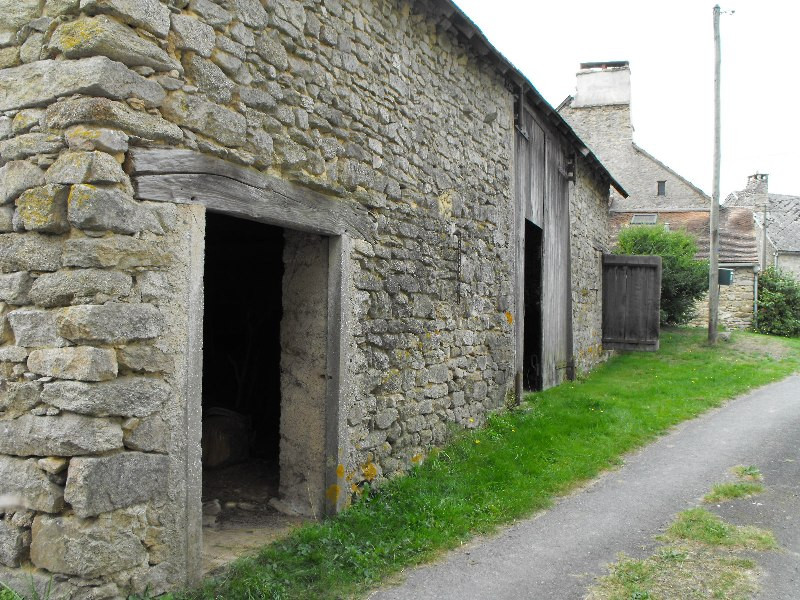 French property for sale in Vareilles, Creuse - €26,600 - photo 2