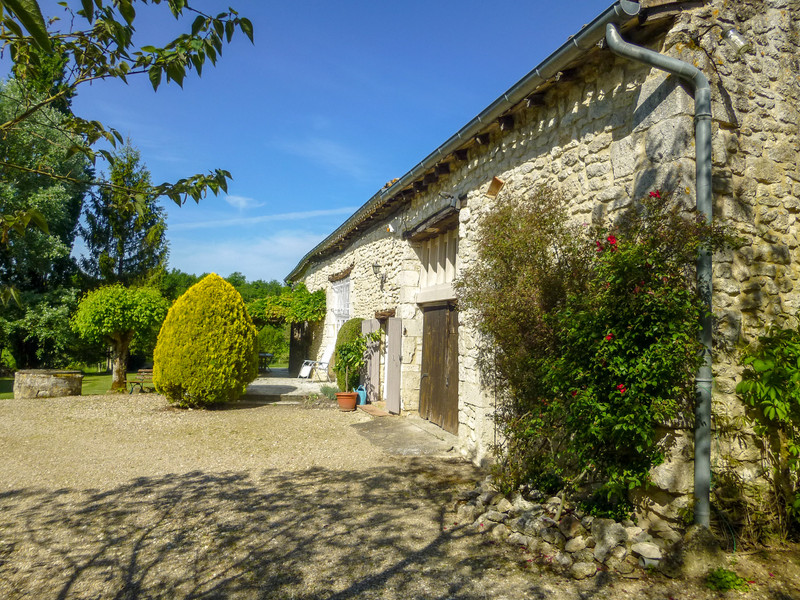 French property for sale in Duras, Lot et Garonne - €399,000 - photo 5