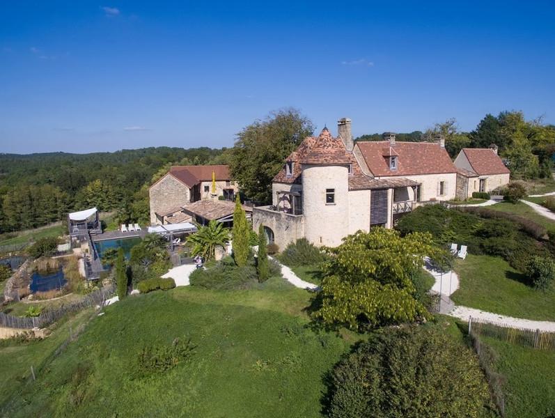 French property for sale in Montignac, Dordogne - €1,557,500 - photo 9