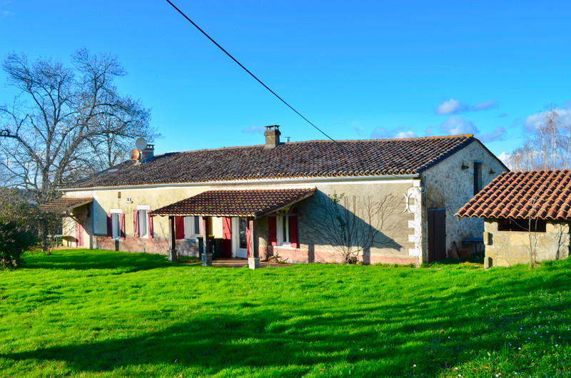 French property for sale in Doulezon, Gironde - €219,350 - photo 2