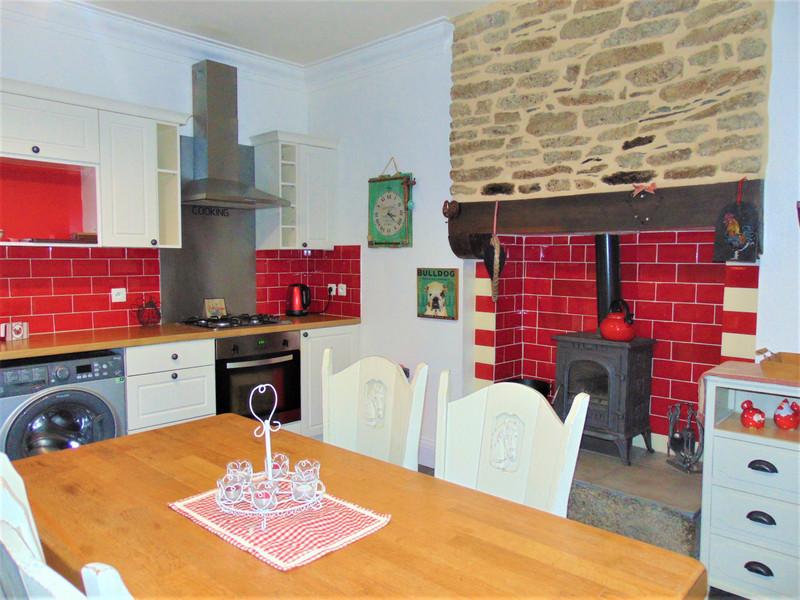 French property for sale in Saint-Nicolas-du-Pélem, Cotes d Armor - €251,985 - photo 7