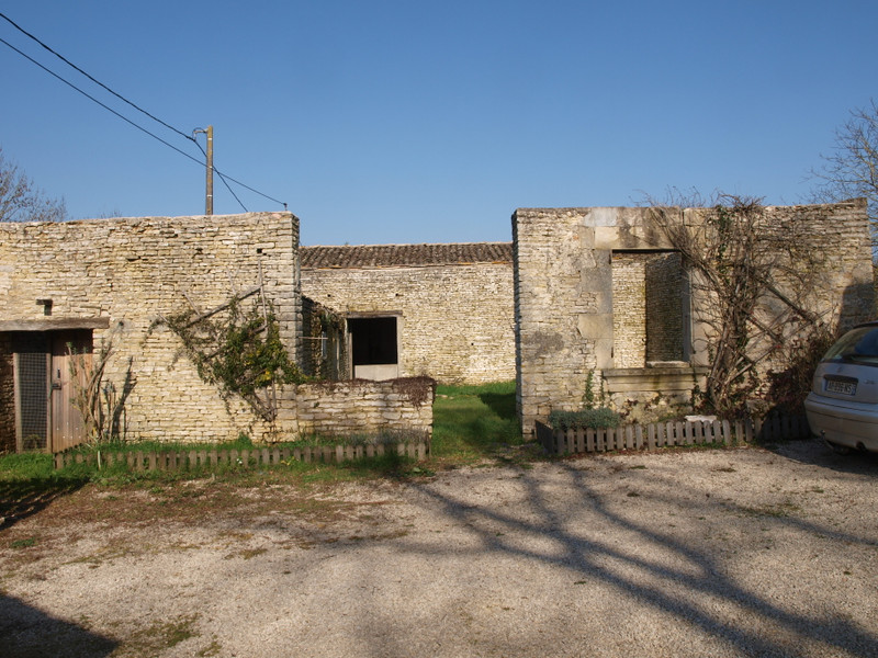 French property for sale in Pliboux, Deux Sevres - €162,000 - photo 3