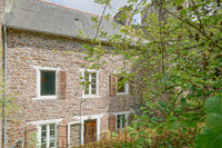 French property, houses and homes for sale in Pontrieux Côtes-d'Armor Brittany