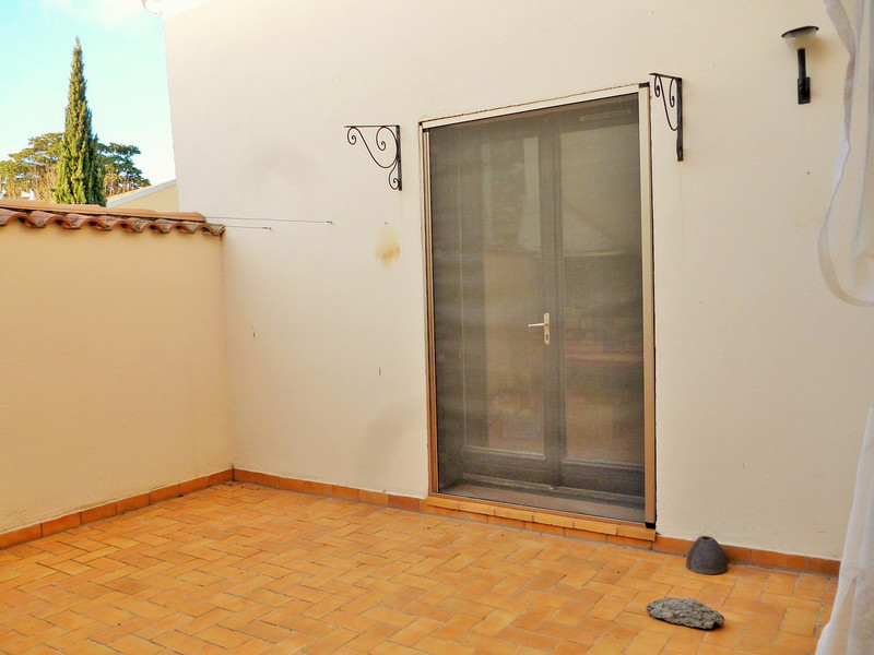 French property for sale in Capestang, Hérault - €250,000 - photo 10