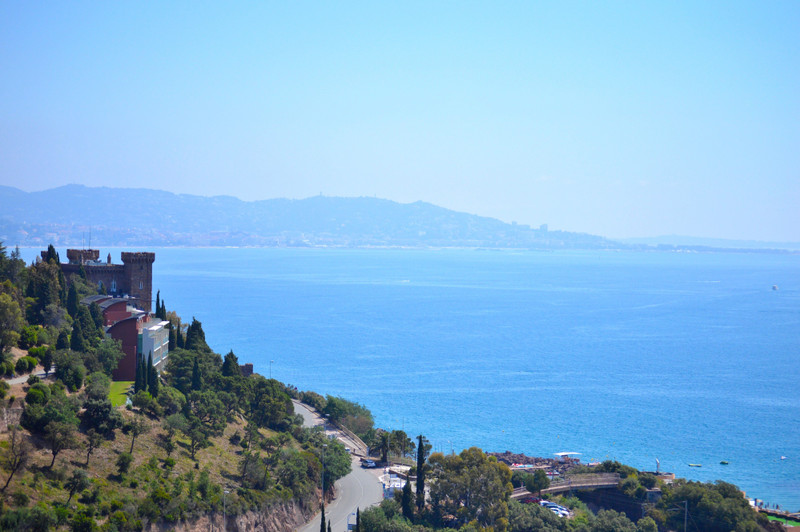 French property for sale in Théoule-sur-Mer, Alpes Maritimes - €695,000 - photo 10