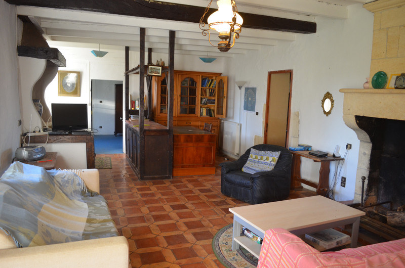 French property for sale in Doulezon, Gironde - €219,350 - photo 4