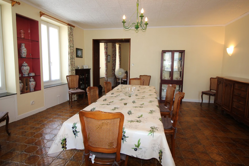 French property for sale in Pépieux, Aude - €583,000 - photo 3