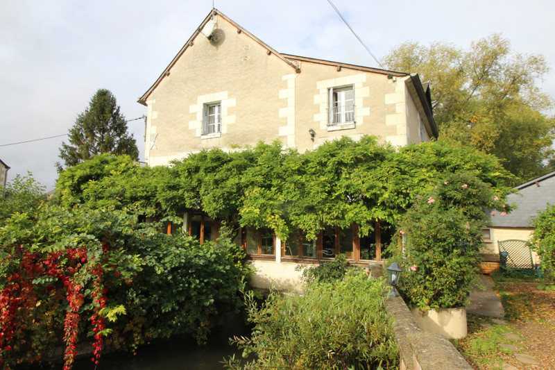 French property for sale in Loches, Indre-et-Loire - €421,880 - photo 10