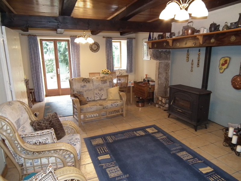 French property for sale in Pontaumur, Puy de Dome - €99,000 - photo 6