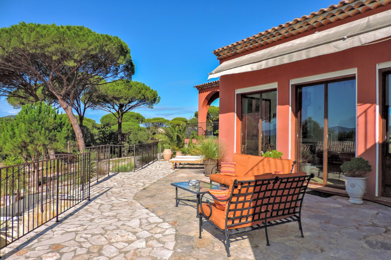 French property for sale in Vidauban, Var - €995,000 - photo 9