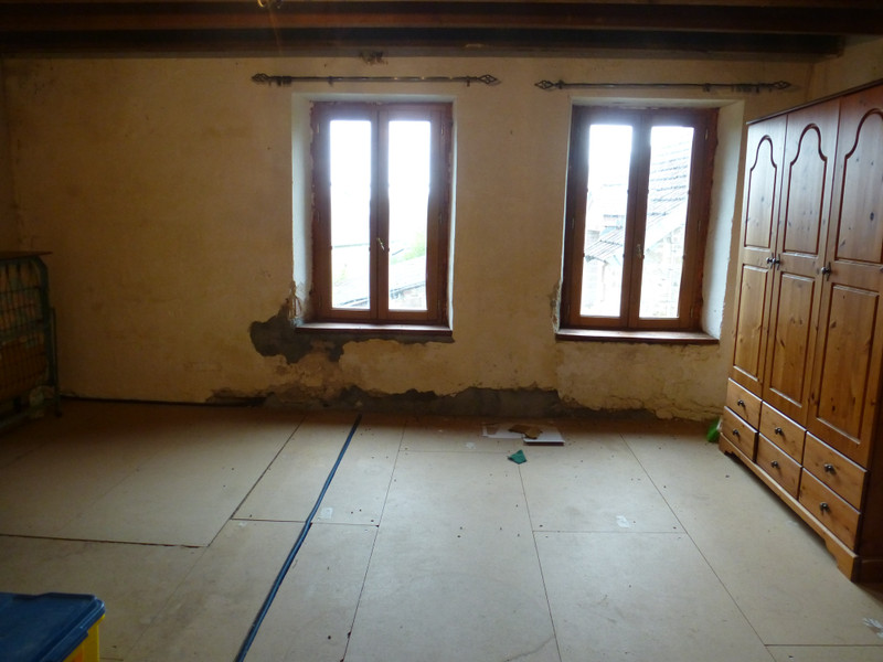 French property for sale in Dun-le-Palestel, Creuse - €71,600 - photo 9