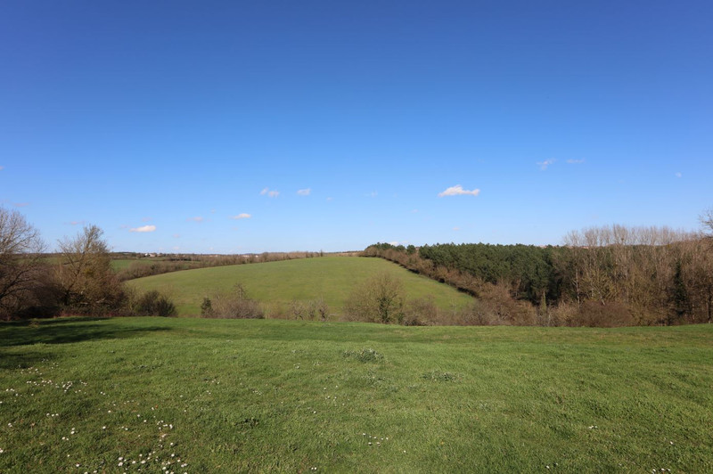 French property for sale in Chantonnay, Vendee - €318,000 - photo 10