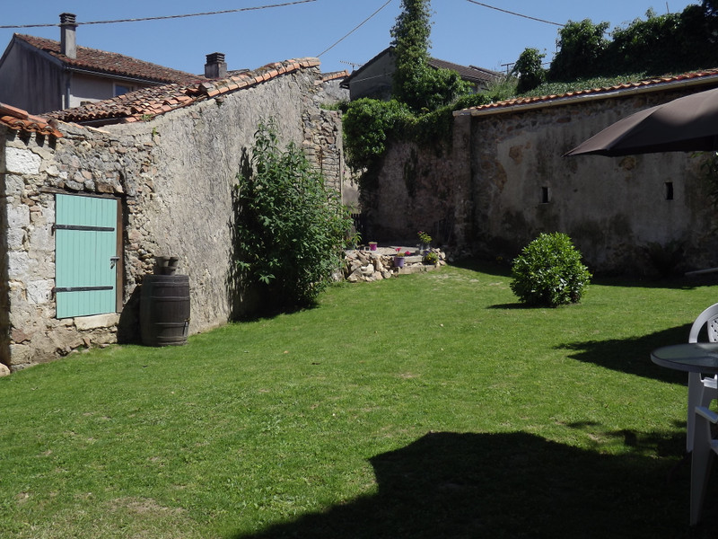 French property for sale in Le Vigeant, Vienne - €89,500 - photo 10