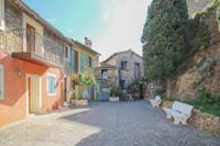 Roquebrune Village - Charmante Maison de Village, au Calme...un havre de paix.
