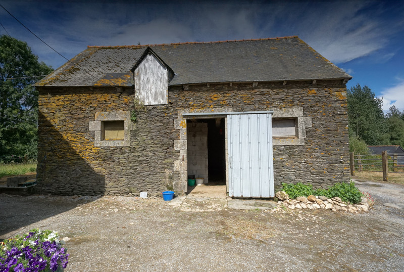 French property for sale in Corlay, Côtes-d'Armor - €279,900 - photo 4