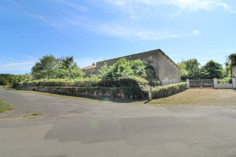 French property for sale in Sainte-Verge, Deux-Sèvres - €189,000 - photo 10